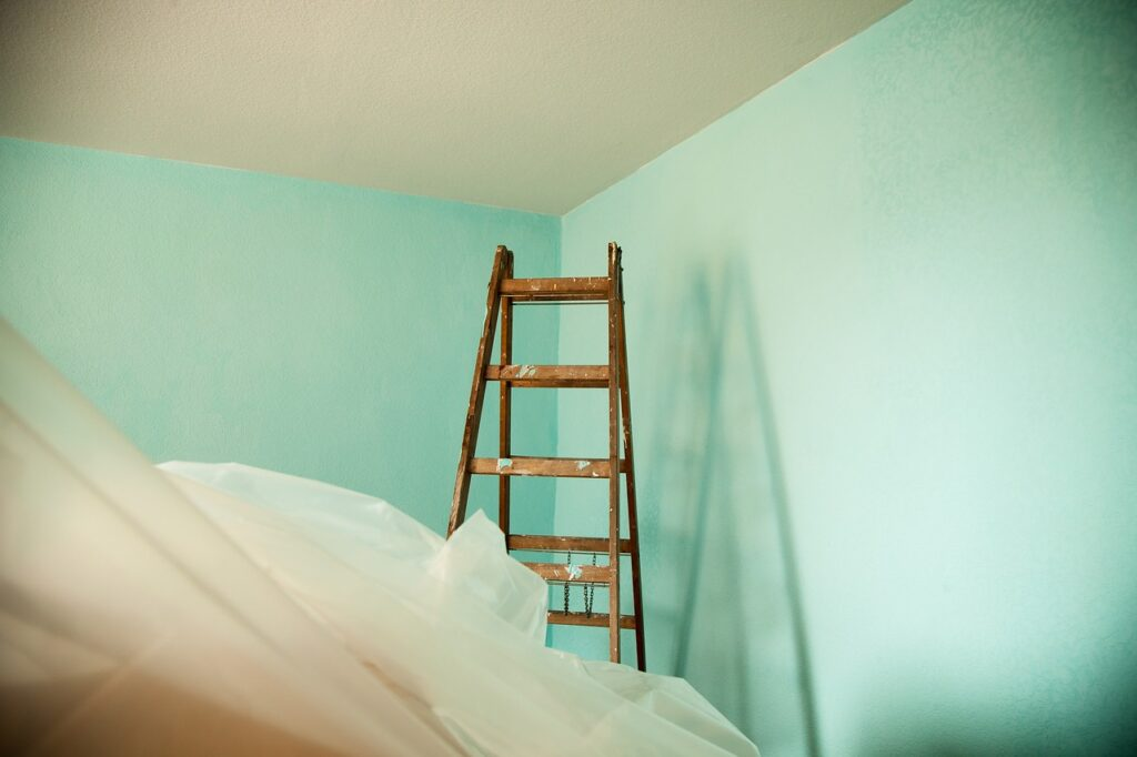How Natural and Artificial Light Affects Your Paint Colour?